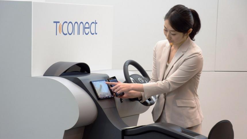 Toyota presenta su agente de conducción inteligente T-Connect